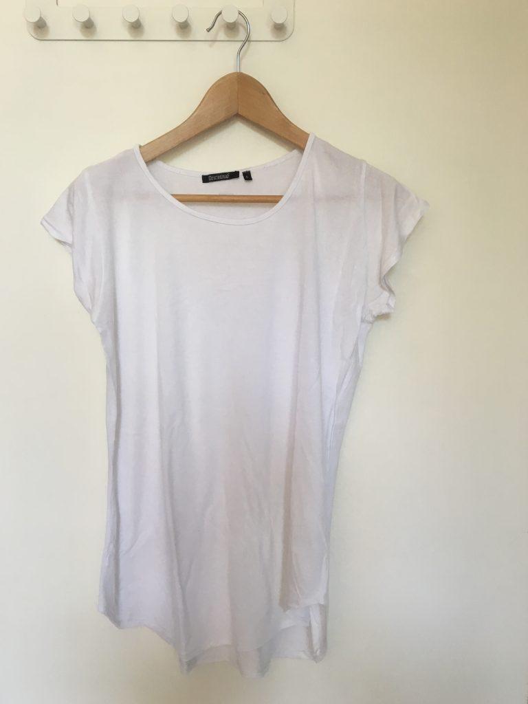 weißes klassisches Shirt